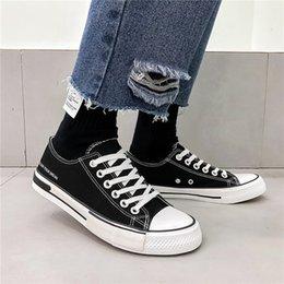 $enCountryForm.capitalKeyWord Australia - SJfashionsalon 19S S INS Hottest Sale Men Classic Solid Color Low-cut Casual Comfortable High Cut Canvas Shoes