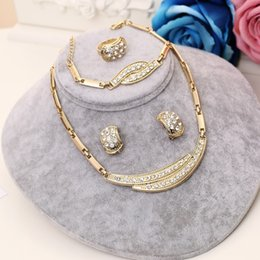 NigeriaN jewelry sets for weddiNg online shopping - 2019 New Dubai Jewelry Set Gold Big Nigerian Wedding African Beads Jewelry Set Bridal s Wedding Necklaces and Earrings for Women