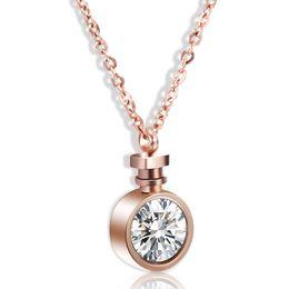 $enCountryForm.capitalKeyWord UK - 2018 Fashion Personality Perfume Bottle Pendant Necklace Temperament Graceful Romantic Pendant CZ Stone Rose Golden Plated