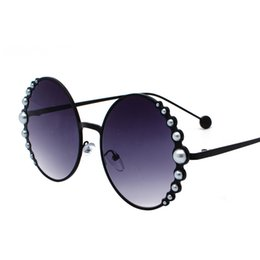 4e122fdf7e New women s round sunglasses with bead decoration can be matched with chain  girl s fashion sunglasses