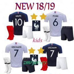 d9fbf4b78 France kids kits+sock GRIEZMANN MBAPPE POGBA soccer jerseys 2018 2019 2  Star world cup shirts DEMBELE KANTE jersey football GIROUD uniform