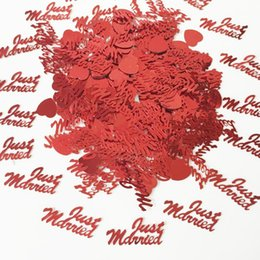 love letter decorations 2019 - 150g Red Just Married Letter Table Scatter Marriage Anniversary Sprinkle Engagement Love Heart Wedding Party Confetti De