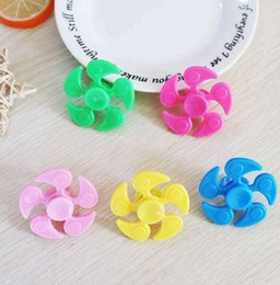 $enCountryForm.capitalKeyWord Australia - Newest Hot Sales Multi Color Pentagon Gyro finger Spinner&Finger Spinner Fidget Anxiety Stress Relief F ring spi Ocus Toy Gifts