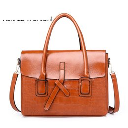 Ladies Briefcase Handbags Australia - good quality Quality Women Alligator Leather Handbags Large Female Shoulder Bags Ladies' Office Briefcase Bolsas De Couro Sac