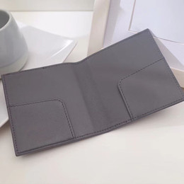 $enCountryForm.capitalKeyWord NZ - New Designer Hot Sell Thin MINI Wallet Bifold Genuine Lambskin Leather Card Case Super slim and lightweight hand crafted 6card case gift box