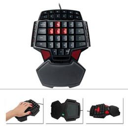 Vente en gros LED rétro-éclairé USB filaire ergonomique Accessoires unique PC main coloré double clé d'espace clavier de jeu portable Mini pour LOL