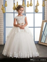 $enCountryForm.capitalKeyWord Australia - Princess Crew Neck White Lace Flower Girls' Dresses Floor Length Tulle Beaded Wedding Party Dresses For Little Girls
