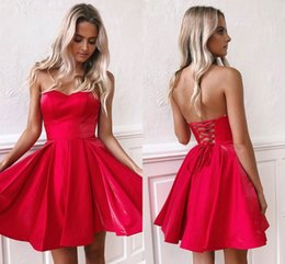 Coral strapless CoCktail dress online shopping - Cheap Short Homecoming Dresses Little Red Strapless Backless Lace up Knee Length Satin Mini Cocktail Party Gowns BM0940