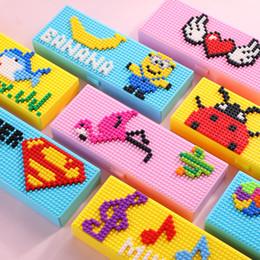 $enCountryForm.capitalKeyWord Australia - Blocks Pencil Cases Bricks Stationery Box for Children Boys Girls Creative Building Blocks School Stationery Holder Kids Promotional Gifts