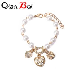 $enCountryForm.capitalKeyWord Australia - QianBei New Sweet And Lovely Imitation Pearl Beads Fashion Crystal Bracelet Heart Flower Letter D Chain Bracelets And Anklets