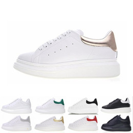 $enCountryForm.capitalKeyWord NZ - 2019 Designer shoes women men leather sneakers 3M reflective black white velvet Thick-soled flat Height Increasing casual shoe