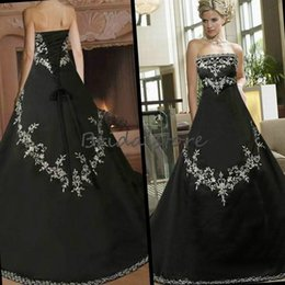 Strapless Full Skirted Wedding Dress Australia - Custom Black Gothic Embroidery Wedding Dresses Vintage Strapless Full Length Lace Up Country Church Bridal Gowns 2019 Robe de mariée sirène
