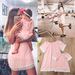 $enCountryForm.capitalKeyWord NZ - 2018 Summer Hot Sale Mother & Daughter Family Matching Dress Women Baby Girls Pink Lace Dress Cute Princess Family Clothes