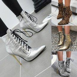Ingrosso Le donne stivali in pizzo-up Alta scarpe tacco alto donne Lace-up della caviglia Bare stiletto stivali tacco alto Casual Stivaletti tubo corto