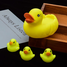 $enCountryForm.capitalKeyWord Australia - Baby Rubber Race Squeaky Ducks Baby Bath Toys Soft Family Kids Baby Water Toys For Bathroom Early Educational Suction Up Toy