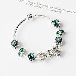 $enCountryForm.capitalKeyWord Canada - 2019 women crastal charm green beaded bowknot charm big hole bracelet as gift
