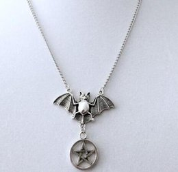 Necklaces Pendants Australia - Gothic Pentagram Bats Necklace Pendants Vintage Silver Dangle Statement Punk Choker Necklaces Women Jewelry Halloween Personality Gift NEW