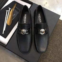 Floor wax online shopping - Moccasin in waxed calf leather with silver Silver toned studs and spikes rubber outsole casual genuine leather size A208
