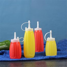 sauce squeeze bottles 2019 - 200 300 400ML Condiment Sauce Bottles Plastic Squeeze Bottle Ketchup Salad Cruet Bin Oil Vinegar Bottle Kitchen Accessor