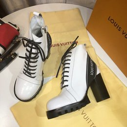 Heavy Duty Boxes Australia - Fashion luxury designer womens shoes Ankle Boots printing Leather and heavy-duty soles casual ladies winter Martin boots With original box