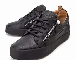 neue Männer Frauen Schuhe, Italien Designer Farbe passende Leder dicke Sohlen Metallkette für Freizeitschuhe Classic Famous Marke Reißverschluss Sportschuhe