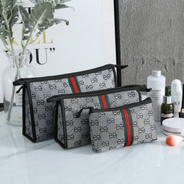 wholesale round cosmetic bag UK - 3pcs set travel cosmetic bag Women Makeup Bags Toiletries Organizer Waterproof Storage Neceser Hanging Bathroom 2020