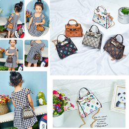 Girls baby Gifts online shopping - Kids Handbags print Designer baby Mini Purse Shoulder Bags Teenager children Girls PU Messenger Bags Cute Christmas Gifts AAA1485