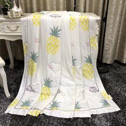 $enCountryForm.capitalKeyWord Canada - The hollow scraft decration quilted quilt summer air conditioner duvet coforter queen size200x230cm, 3.60kgs flower ipe cartton strdesigns