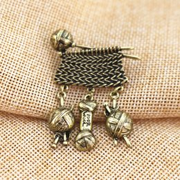 Male Fashion Suits Australia - High Quality Antique Style Metal Knit Sweater Wool Yarn Ball Brooch Pin Male Suit Accessory Mothers Day Women Garment Fashion Jewelry