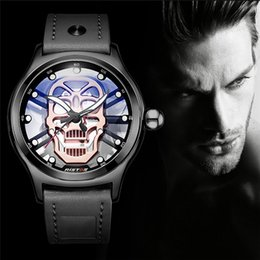 Wholesale Fashion Men Watches Leather Strap Transparent Chassis Hollow Face Face Luminous Men s Quartz Watch relogio masculino
