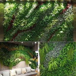 10pcs artificiali pianta prato fai da te sfondo parete simulazione erba foglia matrimonio decorazione della casa verde all'ingrosso tappeto tappeto erboso ufficio decor in Offerta