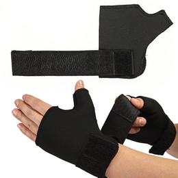 fingers brace 2019 - 1 Pair Half Finger Glove Soft Care Elastic Thumb Wrist Wrap Hand Support Brace Motorcycle Gloves Half Finger discount fi