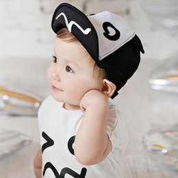 $enCountryForm.capitalKeyWord Australia - Cute Baby Hat Baseball Caps Boys Girls Spring Summer Hat Cap Lovely Black White Sun Hat For For 1-3 Years Children