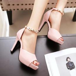 $enCountryForm.capitalKeyWord Australia - Sexy2019 Xinkuan Xia Peep-toe Cavity One Buckle Wine Glass Women's Shoes Waterproof Platform High With Sandals