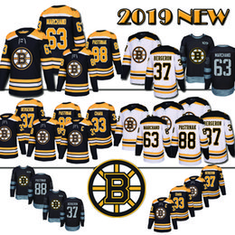 Adult Boston Bruins Hockey Jerseys 88 David Pastrnak 37 Patrice Bergeron 63  Brad Marchand 33 Zdeno Chara Hockey Jersey 2018 new b24d4d4f6