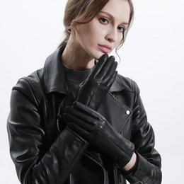 $enCountryForm.capitalKeyWord Australia - Leather Gloves Female Autumn And Winter Outdoor Riding Touch Screen Sheepskin Plus Velvet Warm Windproof Gloves