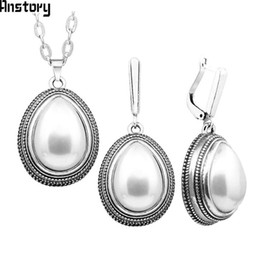 $enCountryForm.capitalKeyWord Australia - ashion pearl jewelry sets Water Drop Pendant Pearl Jewelry Set Vintage Necklace Earrings Set For Women Stainless Steel Chain Fashion Styl...