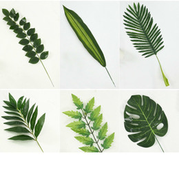 $enCountryForm.capitalKeyWord Australia - Artificial Leaf Tropical Palm Leaves Simulation Leaf for Luau Theme Party Decorations DIY Home garden decoration Photo props