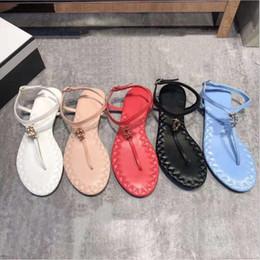 2019 sandálias de grife de verão moda c marcas mulheres casuais sandálias de couro mocassins mulheres chinelos sandálias 35-40 venda por atacado