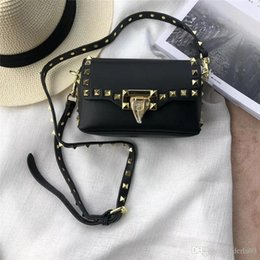 Crossbody Bag 2018 Brand Fashion Luxury Designer Bags Ladies Cross Body Bags  For Women Nice Black Shoulder Bags 67dfe024d4522