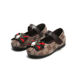 9e10731c1 Primavera Verão Novo Designer de Moda Calçados Infantis Crianças Estilo  Casual Sapatos Padrão de Costura Coreano Sapatos Para Meninas Do Bebê Loafer