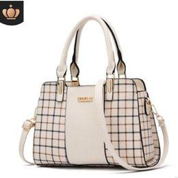 $enCountryForm.capitalKeyWord Australia - 2019 spring and summer Korean version of the new fashion middle-aged female bag shoulder bag Messenger bag Korean version of the handbag#002