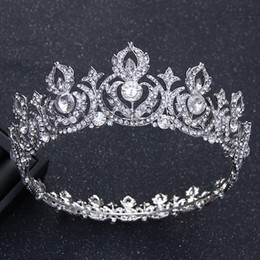 diamond crown headdress UK - Gorgeous Luxury Crystal Leaf Big Round Crown Wedding Hair Accessories Baroque Rhinestone Pageant Tiaras Crown Brides Headdress