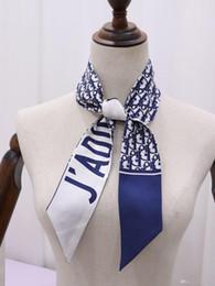 Bolso de calaveras diademas más nuevo primavera verano chales diseño diademas bufandas de diseño 100% seda de alta calidad con etiquetas 7 * 120 CM envío gratis en venta