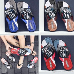 brown rubber flip flops Australia - Luxury Leisure and fashion Rubber Slide designers Sandal Slippers blue Red black Stripe Design Men Classic Summer Outdoor beach Flip Flops