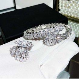 Weiß Stein Perlen Für Frauen Rüstung Löwenkopf Charme Schmuck Natürliche anker großhandel armbänder versilbert Ringe