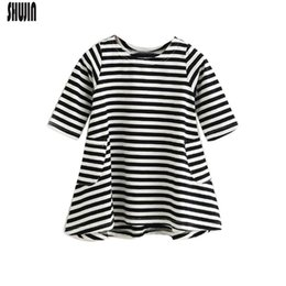 Match Clothing Mom Baby UK - Shujin Fashion Mom And Kids Couple Stripe Family Matching Outfits Baby Girls Clothes Dress Mother Daughter Dress Clothing