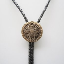 $enCountryForm.capitalKeyWord NZ - Original Antique Gold Plated Classic Aztec Calendar Sculpting Bolo Tie Neck Tie Necklace C19022301