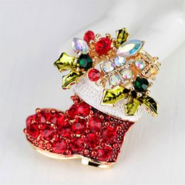 Vintage Christmas Ornament Australia - Cute Dainty Red Shoes Brooches Vintage Female Red Boots Brooches Zinc Alloy Rhinestone Brooch Gift Christmas Bows