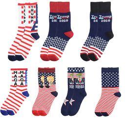 Vente en gros Creative Trump Socks Faire Amérique Great Again Drapeau national Étoiles Bas Stripes Drôle Femmes Casual Hommes chaussettes en coton Livraison gratuite